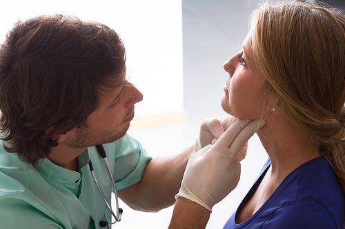 zapalenie gardła