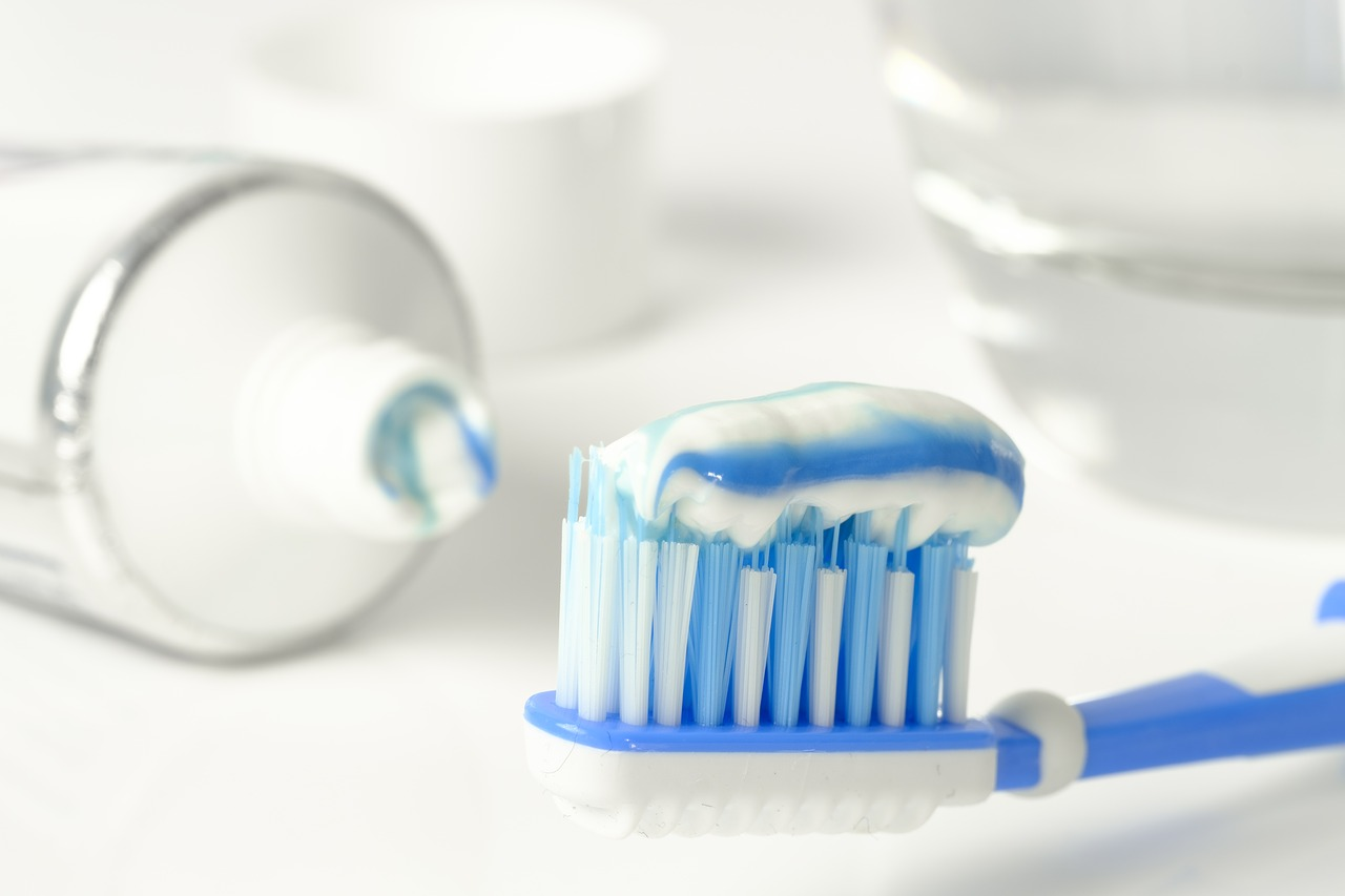 Jak prawidłowo dbać o swoje zęby?